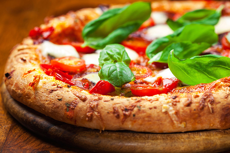 roma travel guide-pizza-margherita