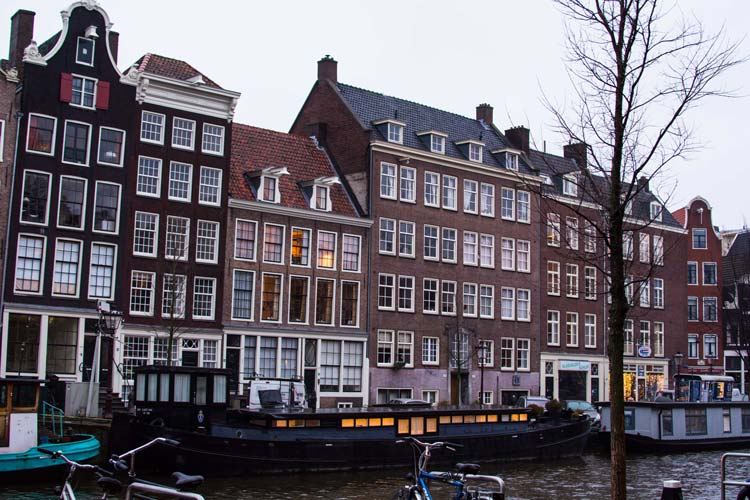 Anne-Frank-House3