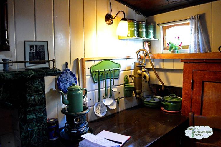 Houseboat-Museum-amsterdam2
