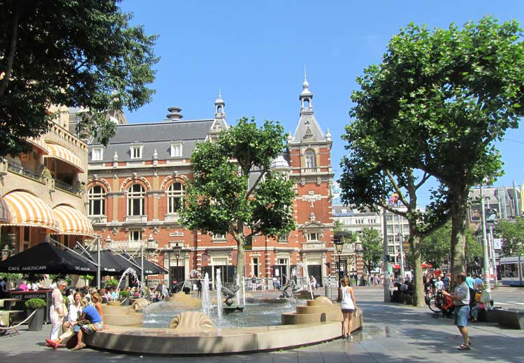Leiden-Square1