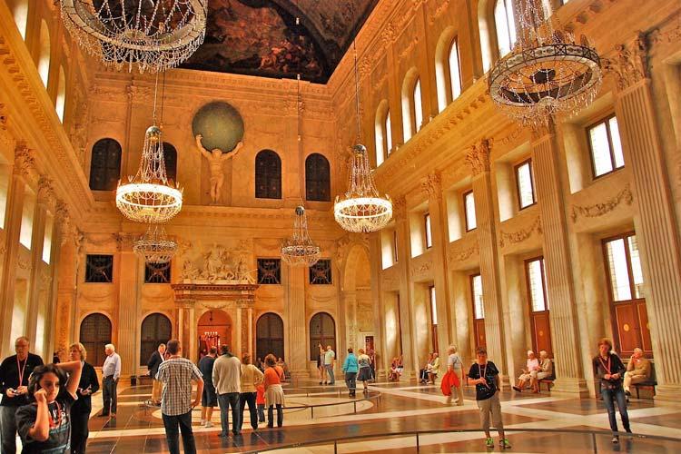 Royal-Palace-Amsterdam1