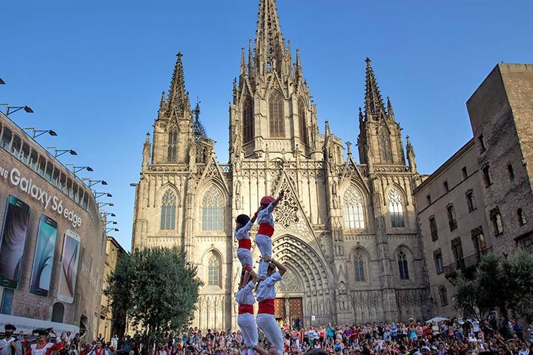 barcelona travel guide-catalan festival