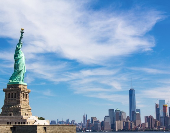 new york travel guide-freedom