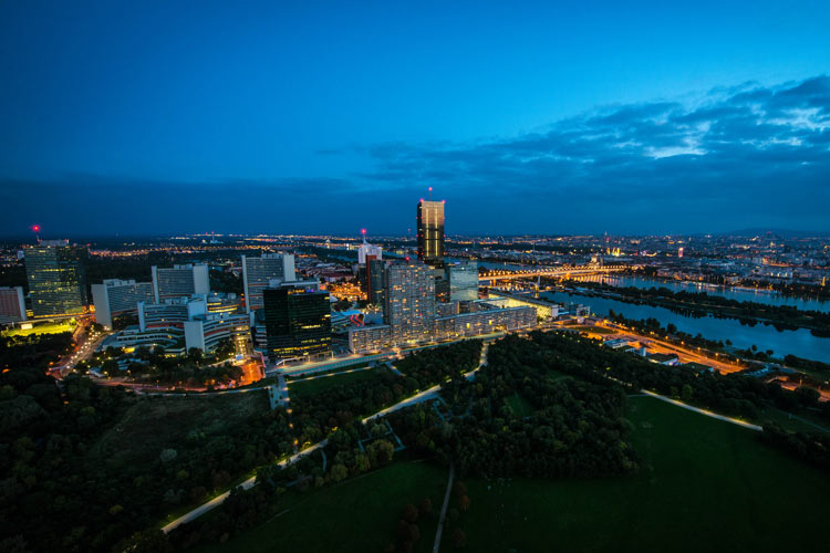 vienna travel guide-Donauinsel
