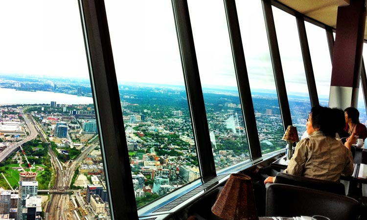 360-The-Restaurant-at-the-CN-Tower-toronto