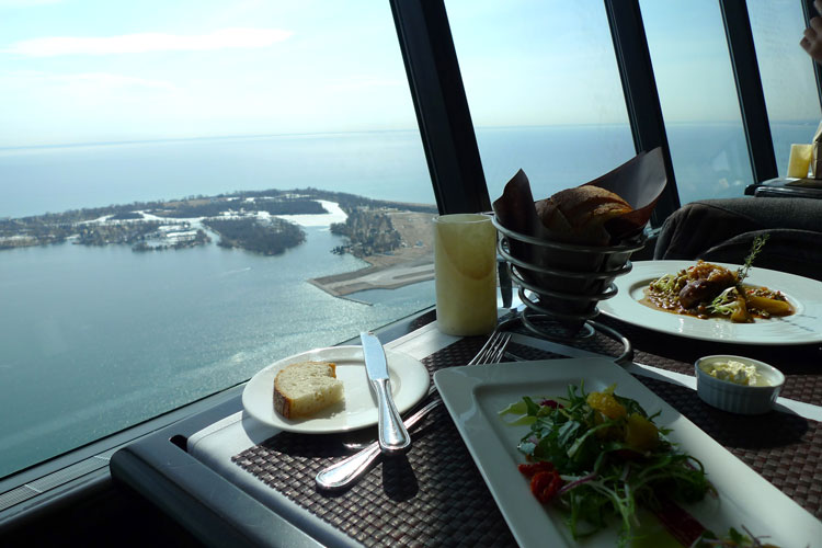 360-The-Restaurant-at-the-CN-Tower-toronto1
