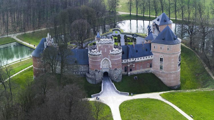 Kasteel-van-Gaasbeek-3.jpg.crdownload.jpg