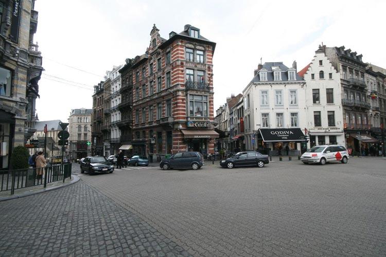 Place-du-Grand-Sablon-4jpg